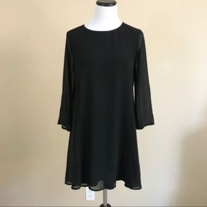 Show Me Your Mumu Black Bell Sleeve Mini Dress D11